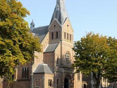 Ernest Annyas 831 Van Houtenkerk Exterieur 6