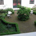 Tuin bij tuinhuisje Keizersgracht 64