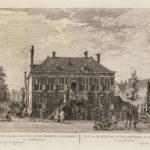 Nieuwezijds heeren logement (nu west-Indisch huis). de openbare verkoop vond plaats op de binnenplaats tussen 18.00 en 21.00 uur.