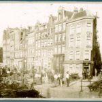 Aardappelmarkt bij Prinsengracht 130-160 v.r.n.l. gezien vanaf de Nieuwe Leliestraat naar de Bloemgracht. (1883).