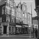Foto uit 1961. Destijds zat er een winkel dat koelkasten verkocht. Foto: C.P. Schaap.