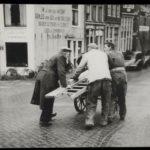 Zijgevel met gevelreclame (1955).