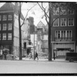 1945 sloop van buurpanden Jonas Daniël Meijerplein t.b.v. grootschalige nieuwbouw.