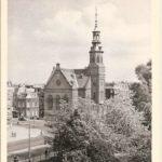 Muiderkerk met toren.
