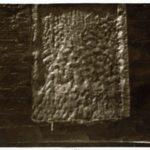 Gevelsteen vol met witsel (1930).