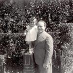 Walter Süskind met zijn dochtertje