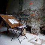 Tekentafel van Merkelbach in de kelder tijdens het funderingherstel. Foto Chris Smeenk.