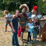 Op de foto met een Romein tijdens het Romeinenweekend bij Fort aan den Ham.