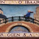 Gevelsteen Onvermoeibaar Bruggen Slaend