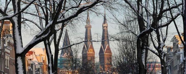 De Posthoornkerk in de Straten van Amsterdam