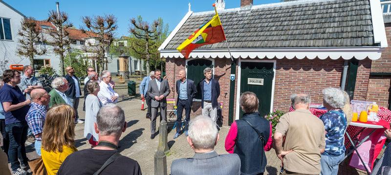 Het kleinste Politiebureautje van Nederland is weer open!