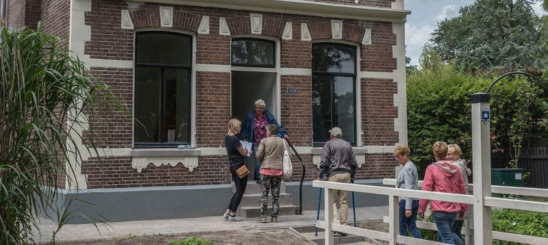 Kort nieuws: opgeleverde notariswoning en update politiebureautje