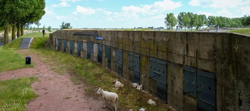 Restauratie gestart - Bunkers uit Koude Oorlog in Haarlemmermeer
