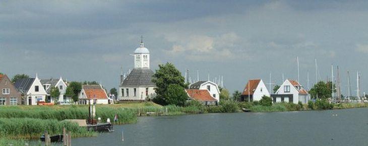 Stadsherstel koopt de 'Kapel' van Durgerdam