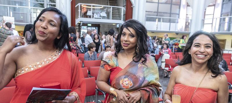 Suriname 'hot-topic' met expo vol bonte poëzie