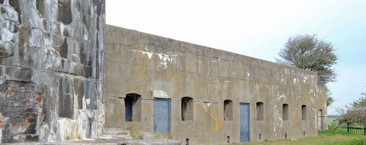 Urban exploring op Fort bij Krommeniedijk