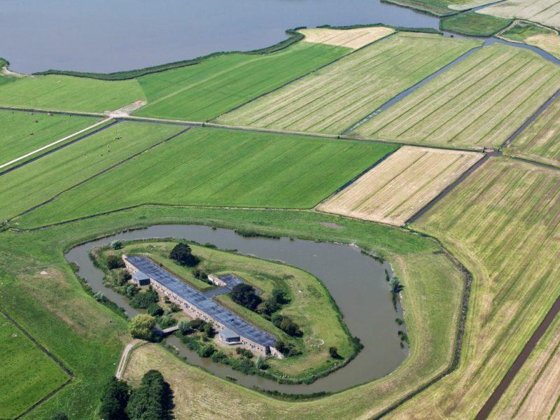 Het Fort Krommeniedijk Vanuit De Lucht. Foto: Dutchphoto / Hans Van Weel