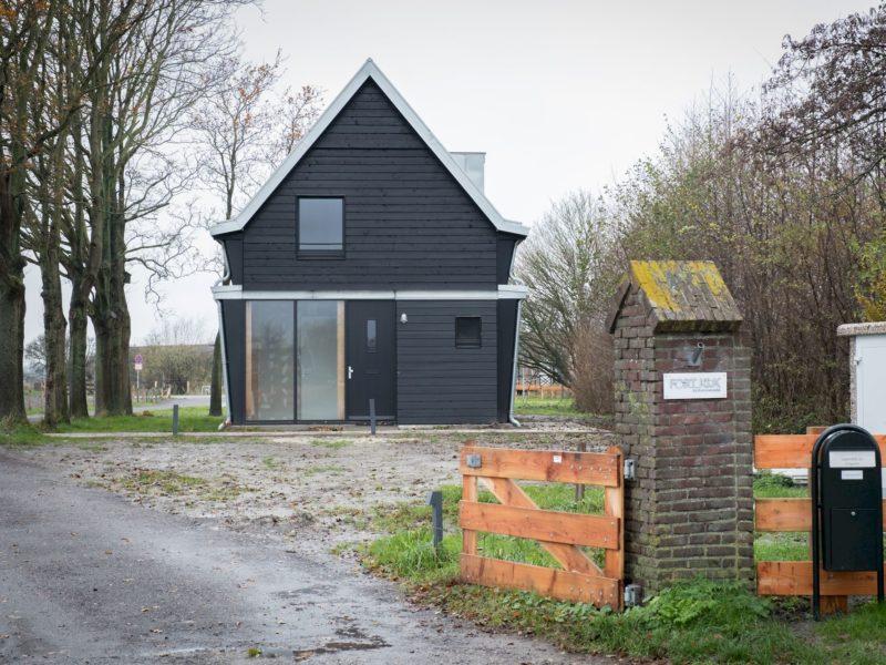 Fortwachterswoning Ontworpen Door Piet Hein Eek, Fort K´ijk,