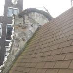Voor restauratie dak met shingles