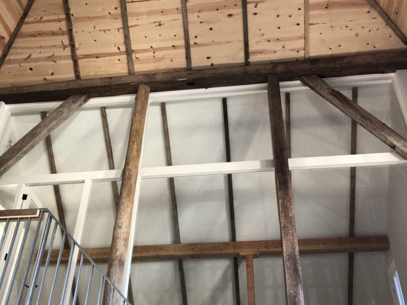Kantoorruimte van De Heeren van Zorg in het hooihuis, 202101 Fronikboerderij Zaandam