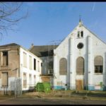 Links de consistorie van de kerk. Foto: Wim de Jong (2013).