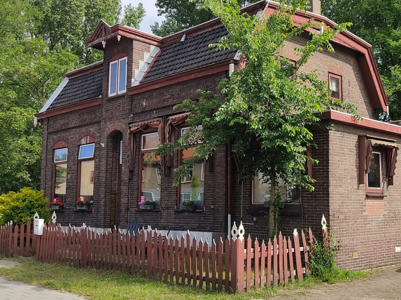 'Melkhuisje', Grote Hout- of Koningsweg 178, Velsen-Noord