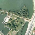 Luchtfoto van fort Diemerdam.