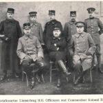 Groepstrafkwartier Diemerkwartier H.h. Officieren met Commandant Kolonel Berton.