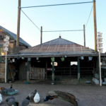 Aangrenzend aan het hooihuis is de buurtboerderij gevestigd.
